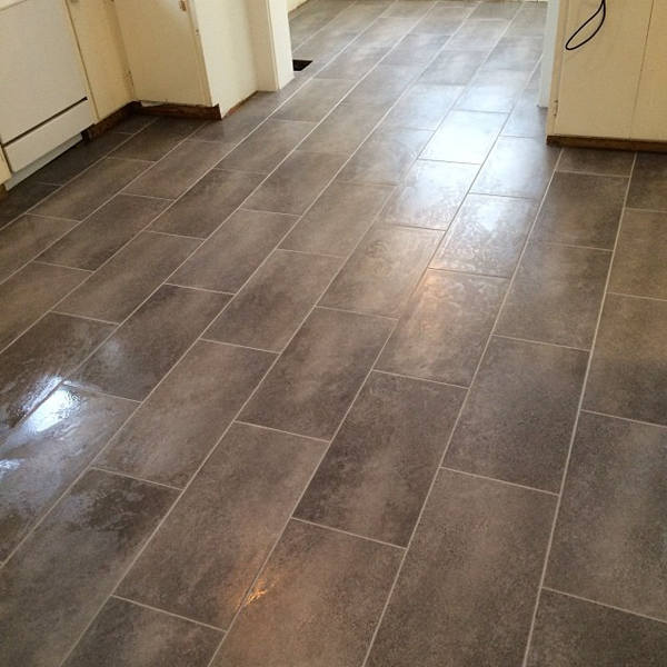 Peel and stick floor tile for Stick down linoleum tiles